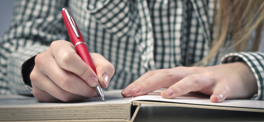 online writing servicer Online writing servicer - proofreading and proofediting help from best professionals proposals and essays at most affordable prices professional scholars, top-notch services, instant delivery and other advantages can be found in our academy writing.